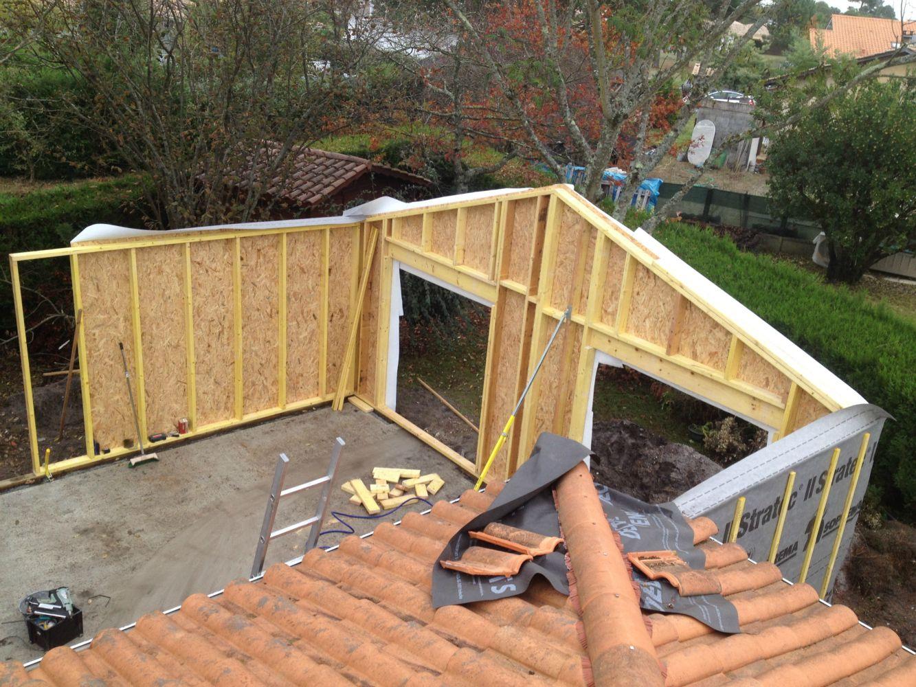 Les extensions en ossature bois artisan charpente menuiserie for Construction bois 49