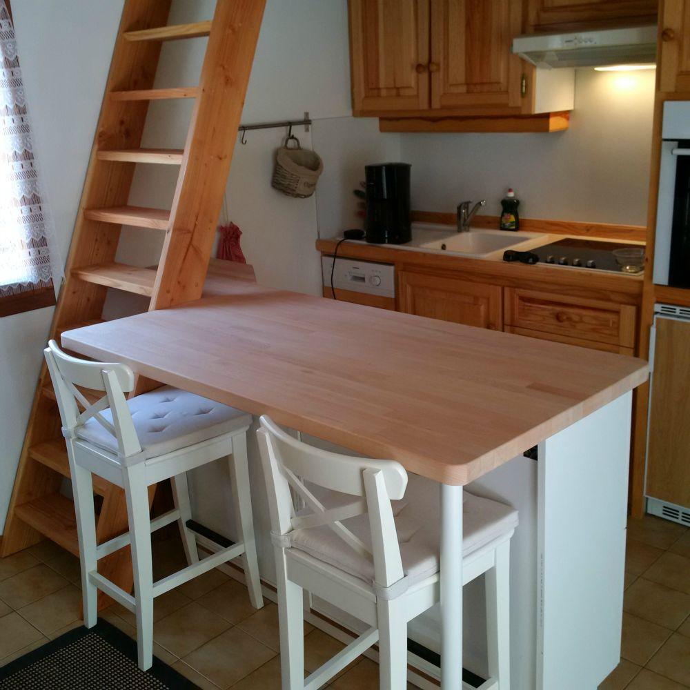 meuble de cuisine sur mesure artisan charpente menuiserie. Black Bedroom Furniture Sets. Home Design Ideas