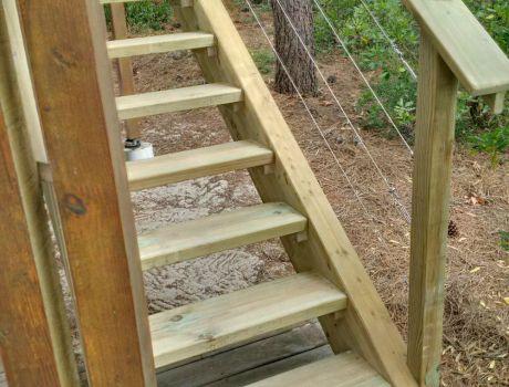 escalier exterieur en bois artisan charpente menuiserie. Black Bedroom Furniture Sets. Home Design Ideas